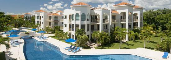 Encanto Paseo del Sol: All suites have private terraces with views to the pool and the peaceful gardens.