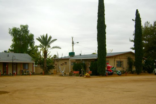 Sierra Vista Motel : Holidays at the Sierra Vista.
