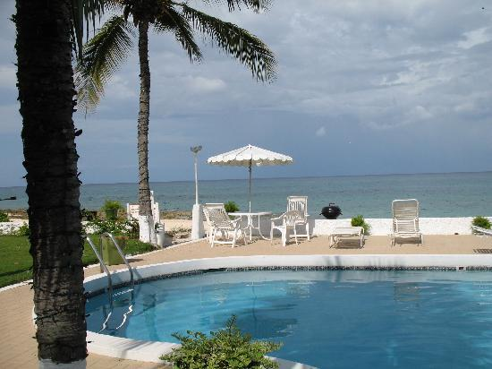 Cocoplum Condos : view of pool from room