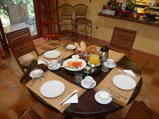 Hacienda Hotel Santo Domingo: Rich breakfast at ROMANTIC HOTEL SANTO DOMINGO