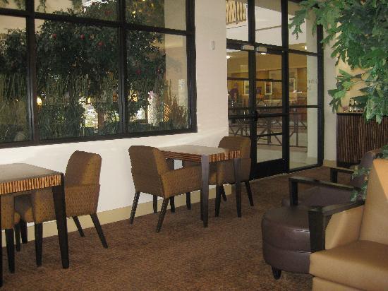Hilton Stockton: Conciere lounge