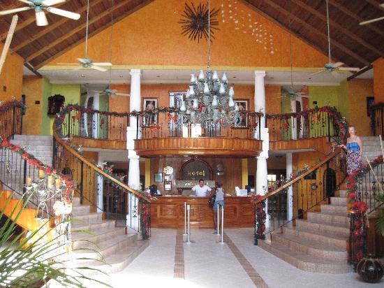 Palma Real Beach Resort & Villas: hotel lobby