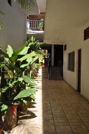 Hotel Palacios: Main Hallway