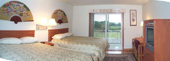 Table Rock Motel: New Addition Two Queen Beds Unit