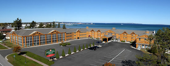 Bridge Vista Beach Hotel Convention Center 82 8 9 Updated 2018 Prices Reviews Mackinaw City Mi Tripadvisor