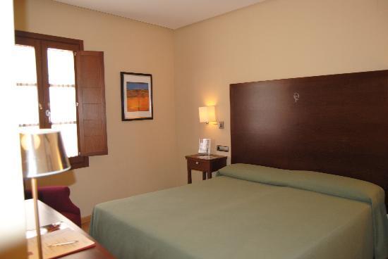 Hotel casa don fernando ahora 51 antes 7 2 opiniones comparaci n de precios y - Hotel casa don fernando caceres booking ...