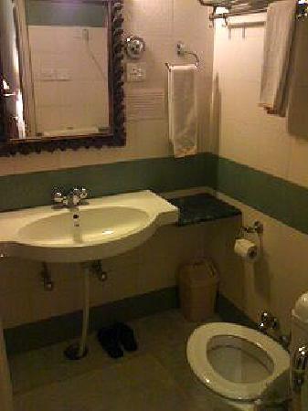 ホテル オム ニワス, バスルーム