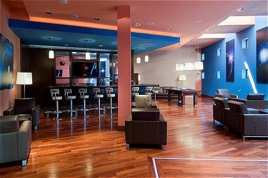Holiday Inn Warsaw - Jozefow : Bar Comet