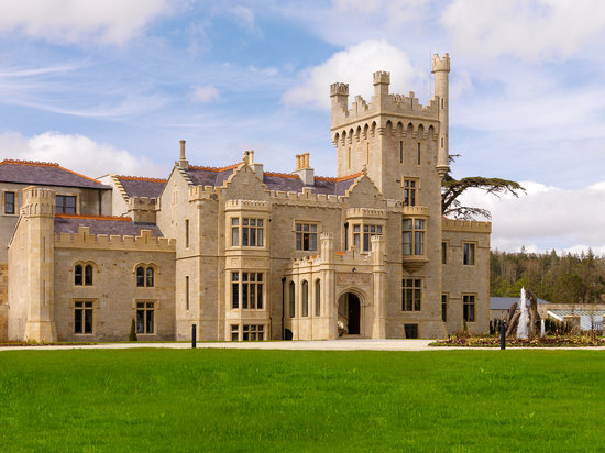 Lough Eske Castle, a Solis Hotel & Spa: Exterior - Lough Eske Castle, Donegal Town, County Donegal, Ireland