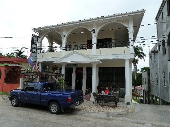 Hotel de la Fuente : The hotel