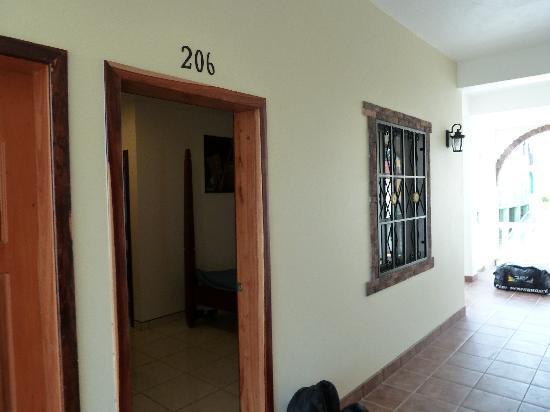 Hotel de la Fuente : Our room