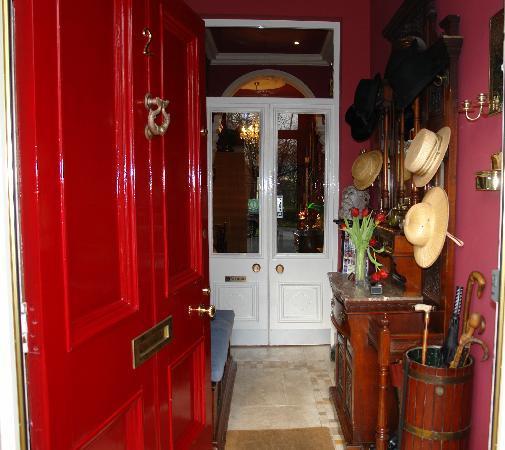 The Villas Residence : Entrance