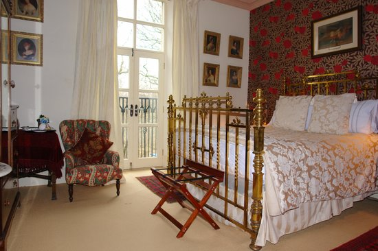The Villas Residence: The Edwardian Room