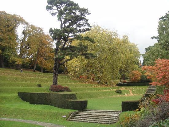 Dartington Hall Hotel: A glimpse of the stunning gardens