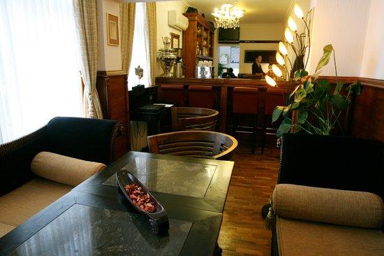 Hotel Aviv Dresden: Lobby/Rezeption