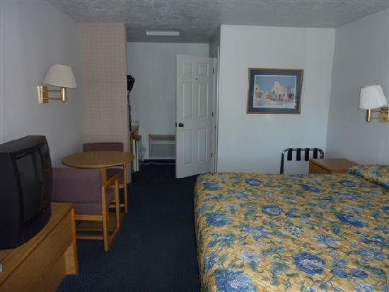 Rodeway Inn: La chambre confortable