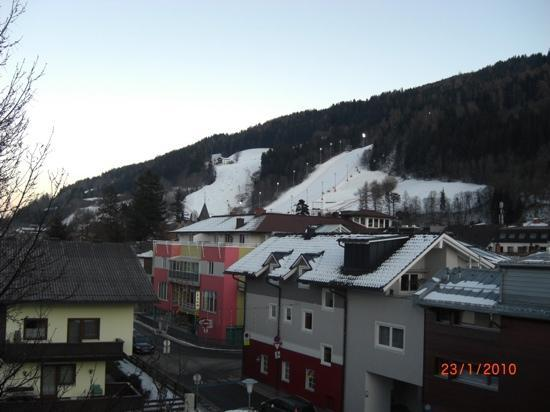 Hotel Stadttor: view from balcony looking towards main lift & slalom race course