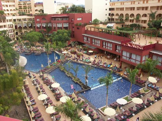 Hotel Best Jacaranda: Poolene i stue etagen