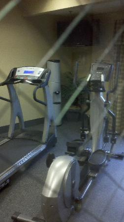 Hampton Inn & Suites Murfreesboro: Nice Fitness Room