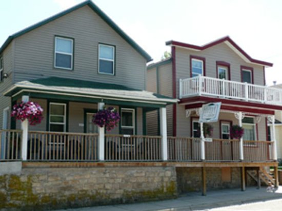 Coffee Street Inn: Inn front