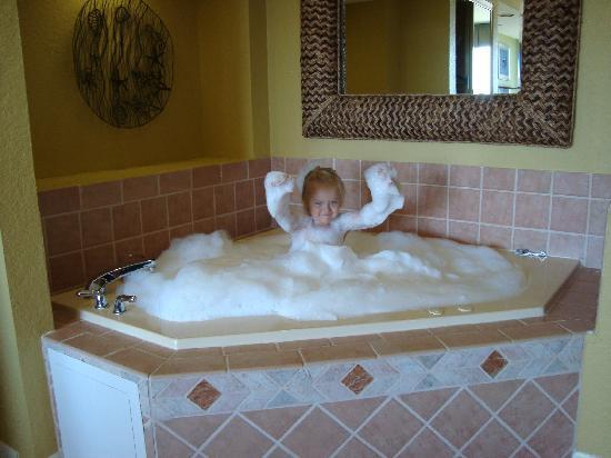 Wyndham Santa Barbara : jetted tub