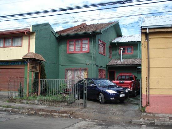 Alta Frontera Hostal: Exterior of Alta Frontera Hostel