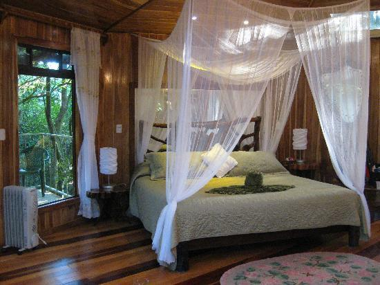 Hidden Canopy Treehouses Boutique Hotel: We had a perfect night's sleep in Glade.