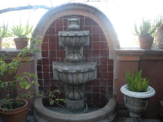 Las Terrazas San Miguel: My patio with fountain