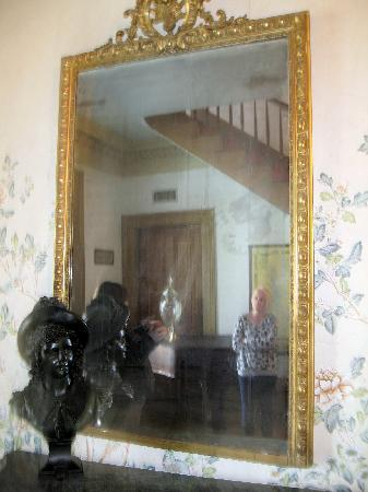 Haunted Mirror in the house - Picture of The Myrtles ...