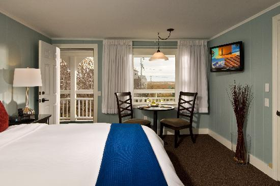 Foxberry Inn: Rooms with Flat Screen TV's