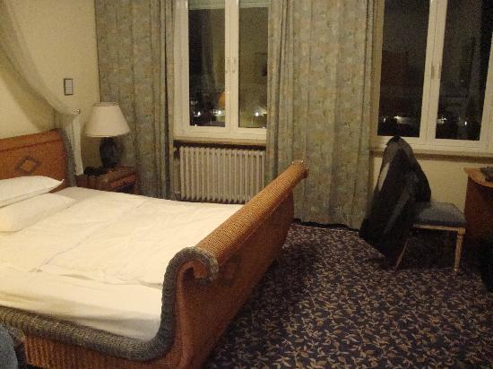 Hotel Stachus: bedroom area