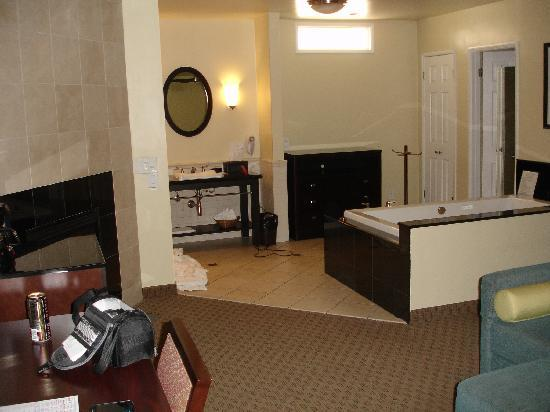 Old Town Inn : another view of room
