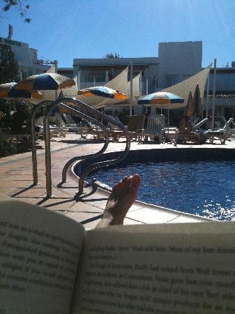 Sirenis Hotel Club Siesta : Good book. Great weather. Lovely break.