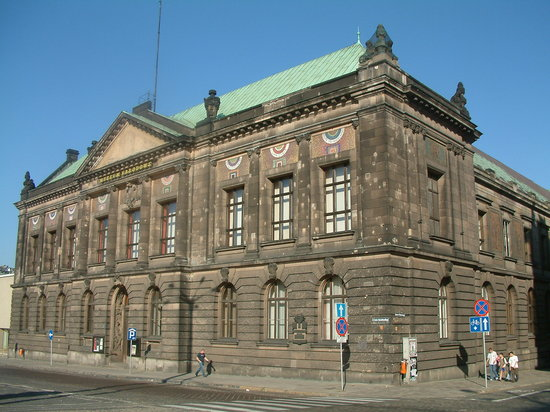 ‪National Museum in Poznan‬
