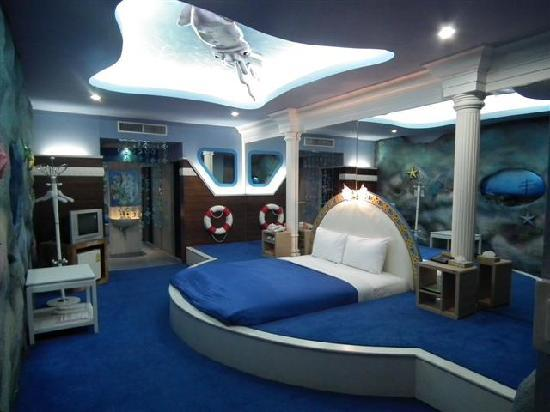 The Adventure Hotel: Underwater World Room