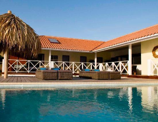 Boca Gentil Villas & Apartments: the private pool at Villa Boca