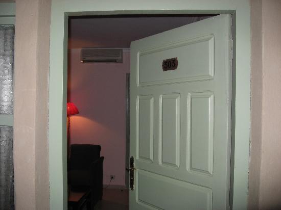 Riad Salam Erfoud: ドア入口から