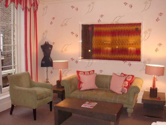 Haymarket Hotel: sitting area of our Jr Suite