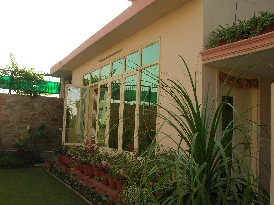 Garden Villa Homestay: Pleasant ambience