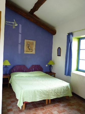 La Tuilière en Luberon : Une partie de notre chambre