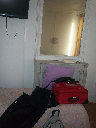 Le Bervic Montmartre: Il terzo letto