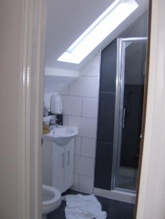 Anchor House Hotel : bagno