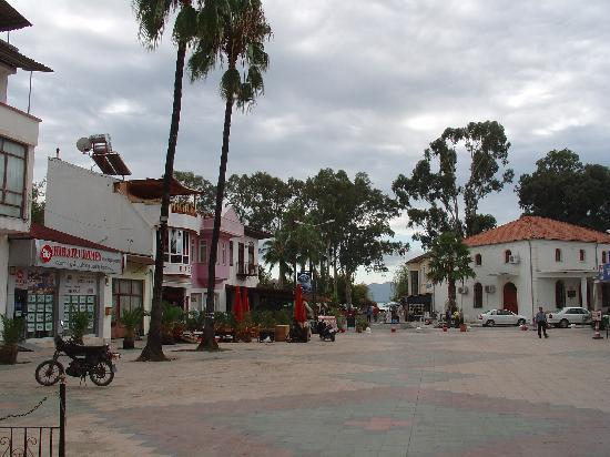 Mugla provinsen, Turkiet: The clean tidy town square area