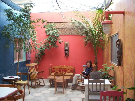 Hotel du Phare Les Mamelles: Petit patio relaxant.