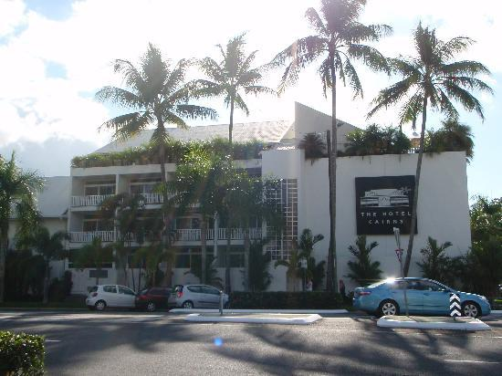 The Hotel Cairns: 外観