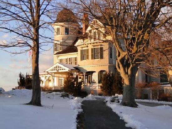 Castle Hill Inn: Walking back to the Inn