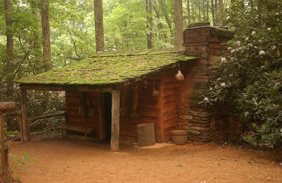 Oconaluftee Indian Village: 1750's Village Cabin