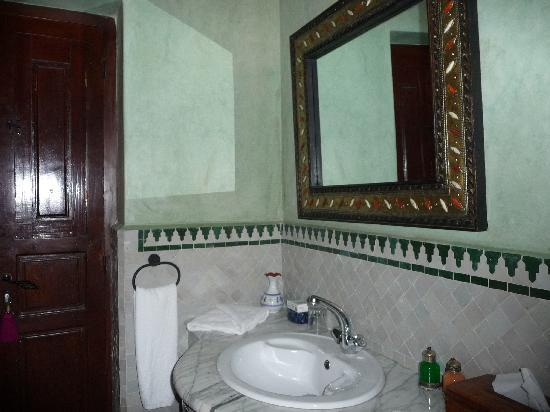 Riad Nasreen: une salle de bains