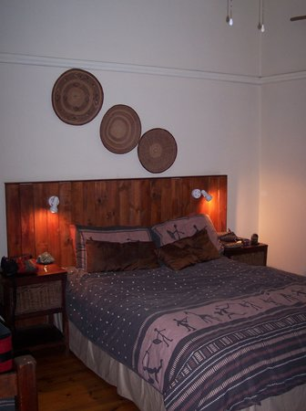 Pretoria Backpackers and Travellers Lodge: Room in the main building--free the night before your Kruger trip