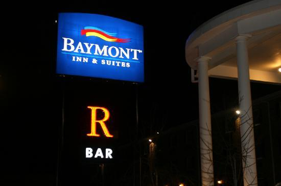 Baymont Inn & Suites Jefferson City: Come Visit Us